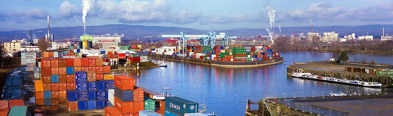 Mainz, Am Zollhafen, Alter Containerhafen