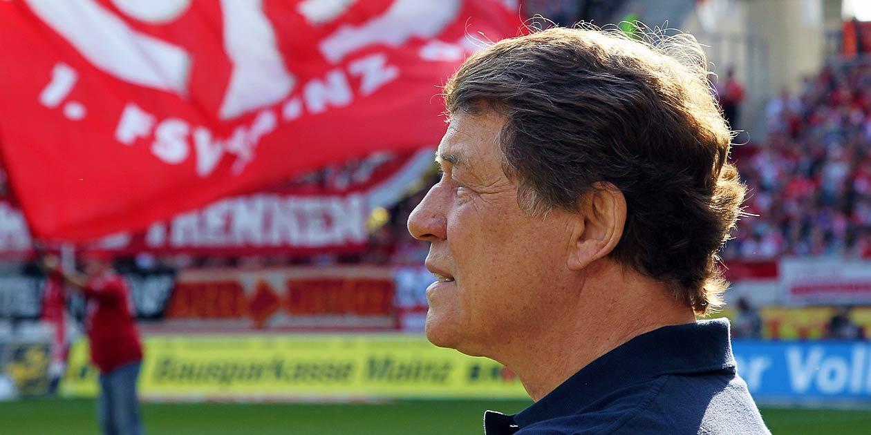 Fussball Bundesliga,Mainz 05 - Hertha BSC , Trainer Otto Rehhagel